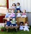 Wszystkie lalki Rubens Barn są ręcznie szyte.