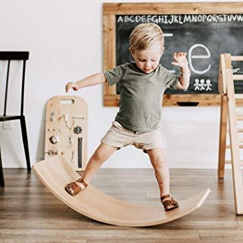 Balansowanie ma wiele zalet dla dziecka