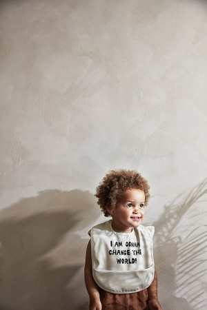 Śliniak z kieszonką do karmienia niemowląt Elodie Details wzór Change the World