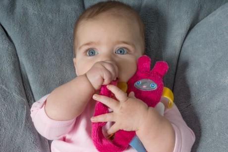 Klips do smoczka - przytulanka - zawieszka | Snoozebaby - dla dzieci od dnia narodzin