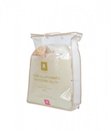 Eko poduszka do karmienia   Nati Narturali   40settimane - produkt zapakowany jest w pokrowiec, dzięki czemu łatwo można ją bezpiecznie przewieźć lub przechować.