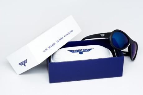 Okulary przeciwsłoneczne z polaryzacją | 0-2 lat | Czarne do zadań specjalnych - niebieskie szkła | Babiators - w komplecie twarde opakowanie do przechowywania okularów