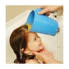 Kubek do polewania głowy dziecka podczas mycia głowy Abakus Baby