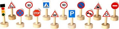 Drewniane znaki drogowe i światła   14 elementów   Plan Toys