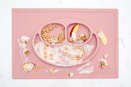 Silikonowy talerzyk z podkładką 2w1 Happy Mat pastelowy różowy | EZPZ