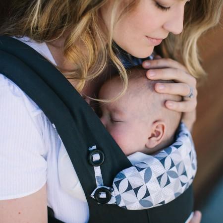 Nosidło przeznaczone jest dla dzieci od dnia narodzin do około 4 lat