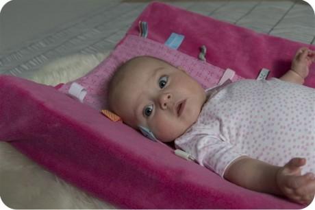 Przewijak z pokrowcem | kolor ciemny różowy | Snoozebaby