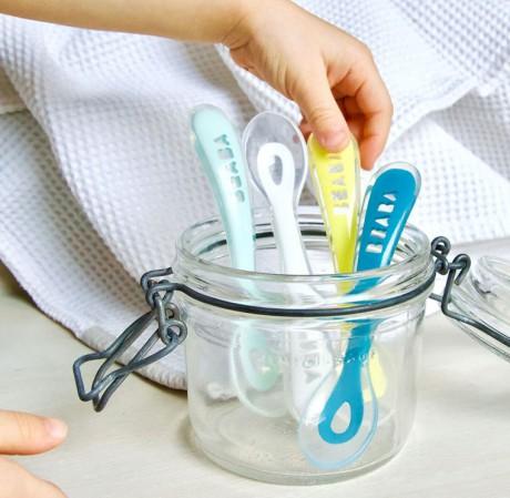Łyżeczka silikonowa do karmienia dla dzieci 8m+ | Beaba
