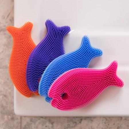 Miękka silikonowa myjka-rybka do kąpieli InnoBaby