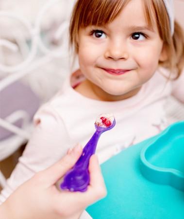 Łyżeczki Zmieniające Kolor 2 szt. | Fioletowy Miś | KIDodo