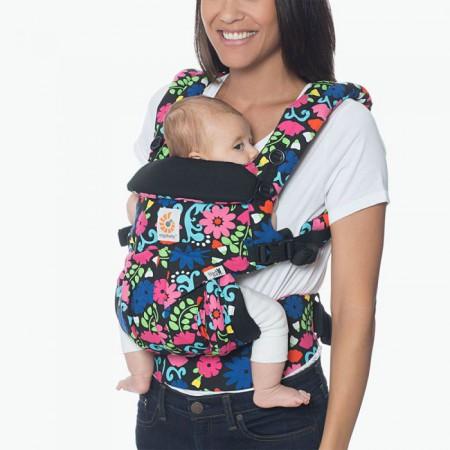 Nosidło pozwala na bezpieczne noszenie w 4 pozycjach
