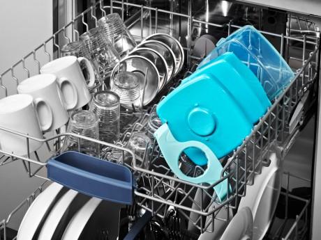 Śniadaniówkę można myć w zmywarce.